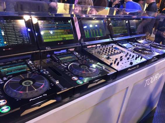 Dj mixer and dj controllers pioneer rane denon numark allen & heath and others